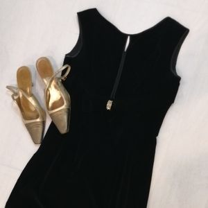 Vintage 1950s Velvet Black Dress With Bow …